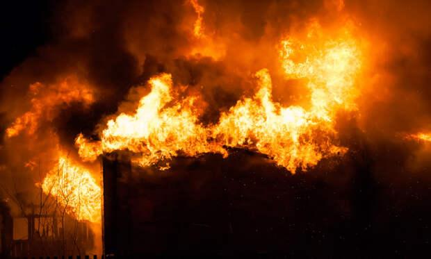 Пожар вКоношском районе унёс жизни двоих человек