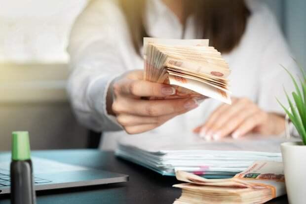 Экс-губернатор признался в получении денег на выборы