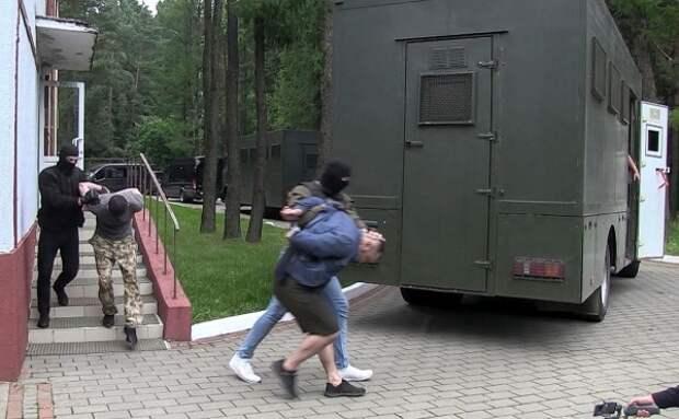 """Дело """"33 богатырей"""" закрыто: ребята вернулись в Россию"""