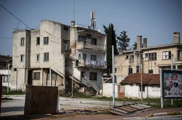 Трущобы в центре курорта: как выглядит подлинная Турция
