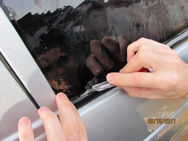 Подготовка и поклейка бокового стекла .