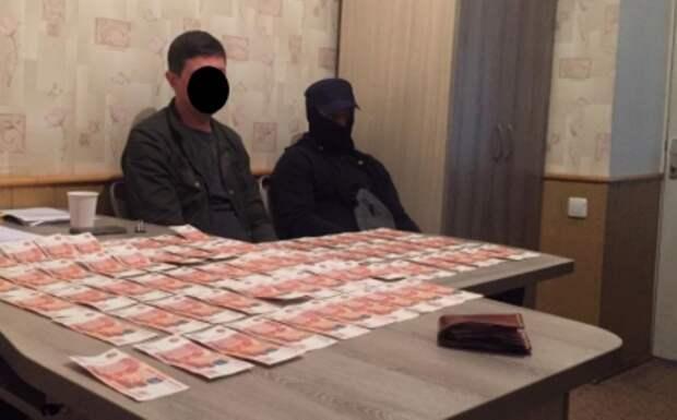Полмиллиона рублей за «решение» вопроса в «Крымэнерго» просил бизнесмен