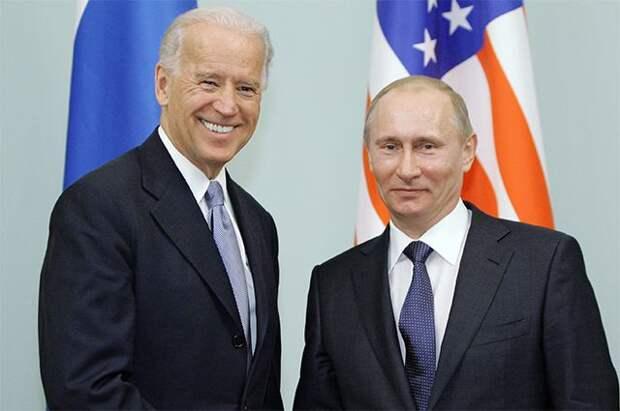 Аналитик из США рассказал о жертве, на которую Байден «пошел ради Путина»