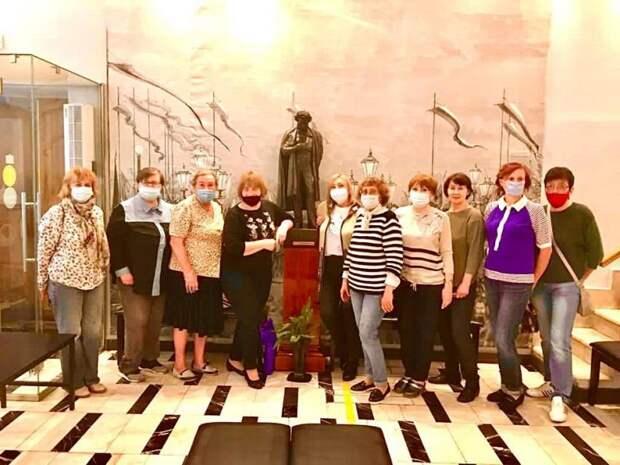 Пенсионеры из Савеловского посетили музей-квартиру А.С. Пушкина
