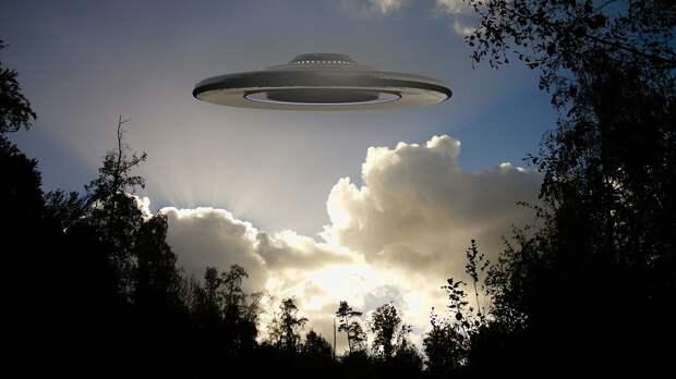 Конгресс США требует от военных предоставить отчеты об НЛО