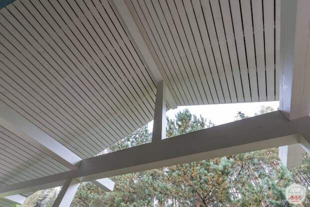 Выбираем материал для потолка на веранде (61 фото)