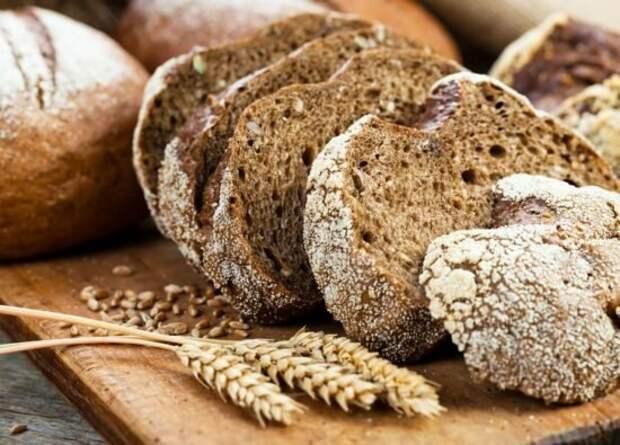У людей с болезнью Альцгеймера не теле появляется  запах ржаного хлеба. Источник изображения:  gettyimages.com