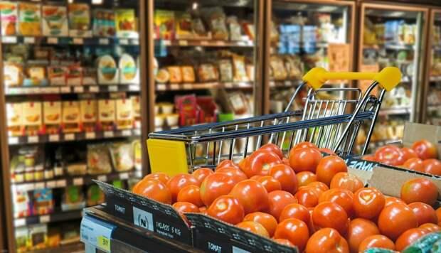 Очень сложно по внешнему виду определить свежесть овощей и фруктов. /Фото: media-exp1.licdn.com