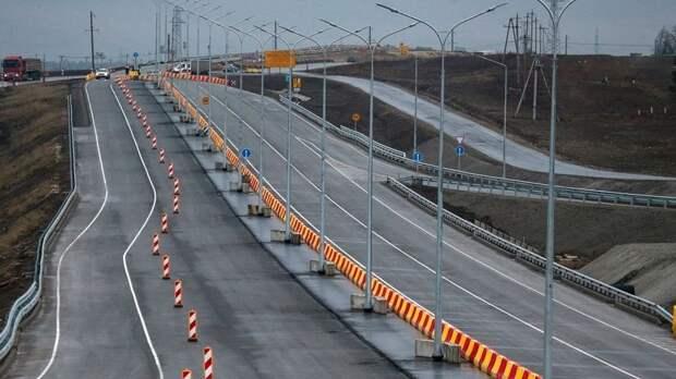 """За время строительства трассы """"Таврида"""" крымские энергетики реконструировали 90 км ЛЭП"""