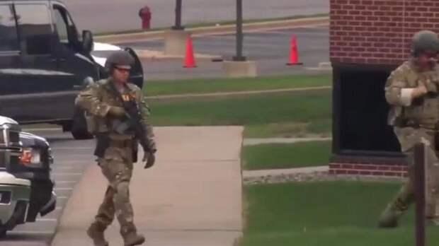Грабитель банка в США задержан, все заложники освобождены