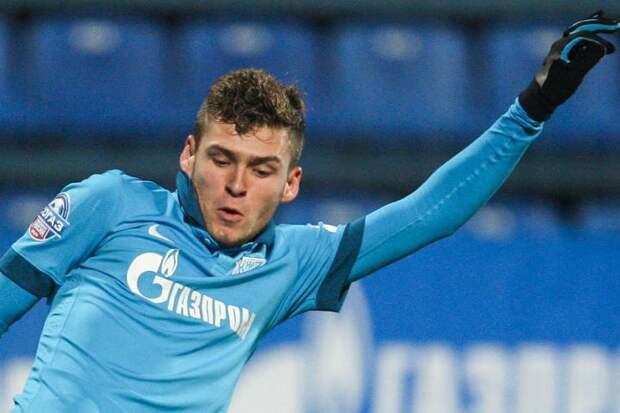 В этом году арбитрам запрещено мешать «Динамо» идти к еврокубкам? Почему нет объяснений отмены удаления Скопинцева в матче с «Зенитом». Недоумение специалиста