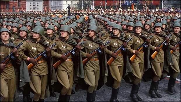 «Только настоящие мужчины плачут под эти песни». Русские военные песни и комментарии иностранцев