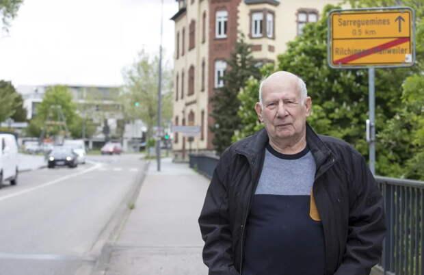 Абсурдные правила во время пандемии: поиск врача обошелся пенсионеру в €300