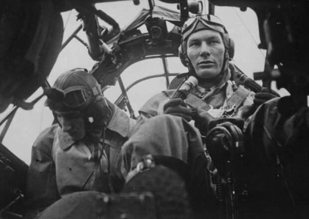 История пилотки: откуда в советской армии появился такой головной убор