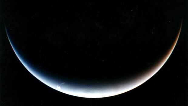 Ученые-астрономы открыли необычную планету-двойник Нептуна