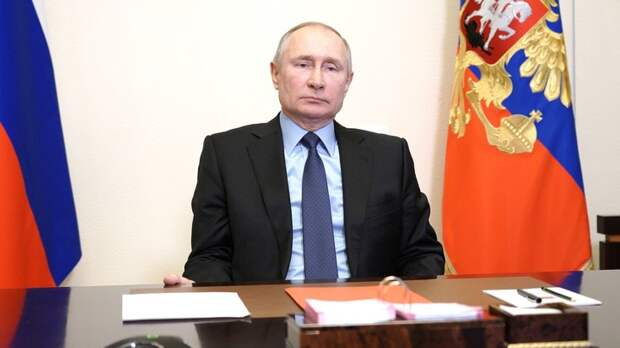 """""""Когда царь на рыбалке, Европа ждёт"""": В Польше """"раскусили"""" большую игру Путина"""