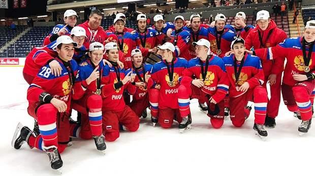 Россия без шансов вынесла Америку вфинале неофициальногоЧМ. Наши юниоры— снова лучшие напланете