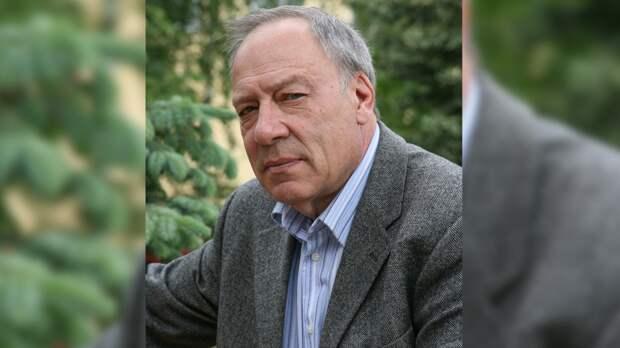 Режиссер Прошкин рассказал, как странно Папанов вел себя за неделю до смерти