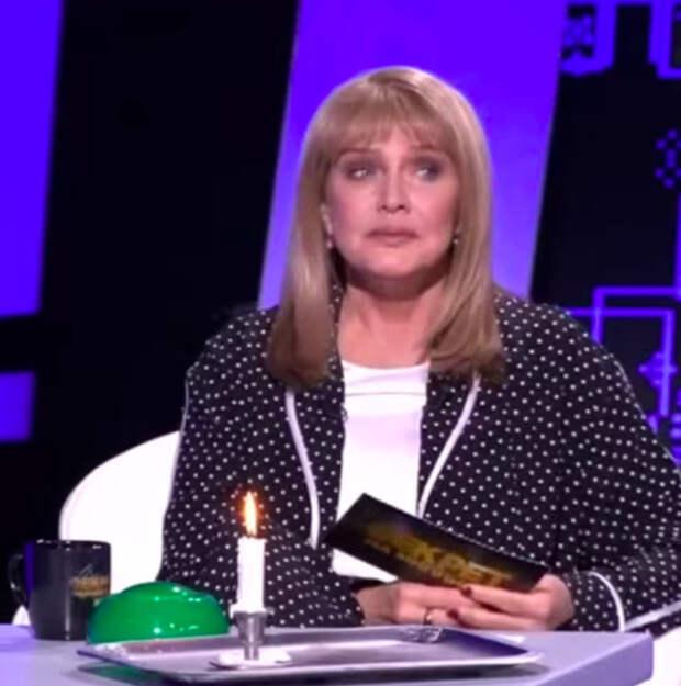 «Я должна была трогать его член»: Елена Проклова обвинила известного актера в домогательствах