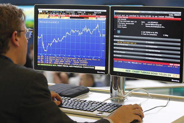 Акции американских нефтяников растут на фоне сообщений о кибер-атаках на топливопровод