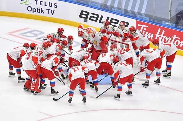 Хоккеисты сборной России в США выиграли серебро юниорского чемпионата мира 2021