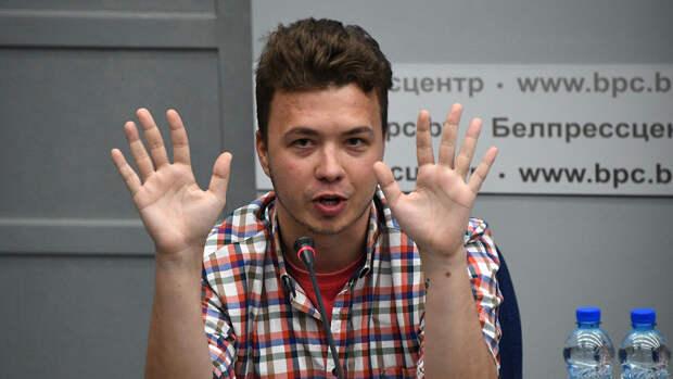 """Протасевич заявил, что скоро привьется """"Спутником V"""""""