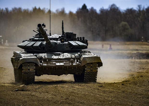 В Подмосковье с военнослужащими ЗВО прошли первые занятия на танковых тренажерах