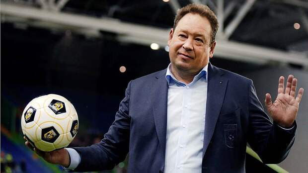 Русский тренер «Витесса» Слуцкий рассказал, чего ему нехватает вГолландии