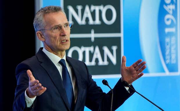 В НАТО нашли сходство в «моделях поведения» России и Белоруссии