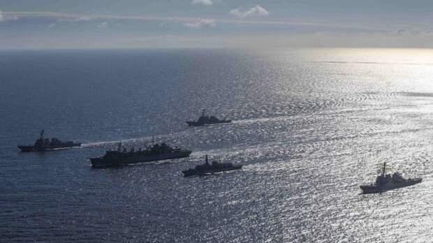 Историк Кнутов рассказал, почему Россия не боится британских кораблей в Черном море