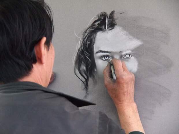 Художники из Удмуртии могут получить поддержку для организации своей выставки в Москве