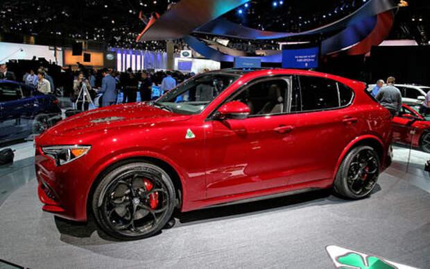 Сила духа: встречайте кроссовер Alfa Romeo Stelvio!