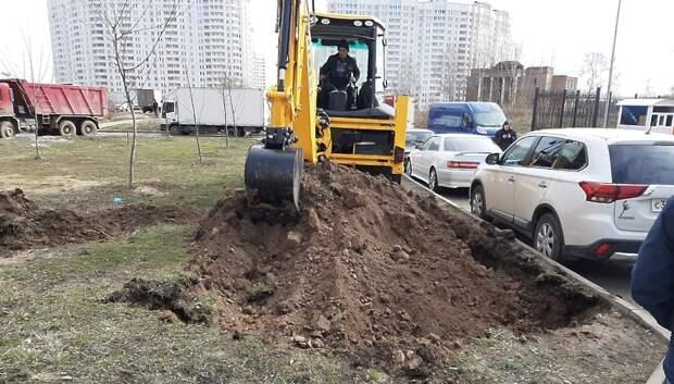 Парковочные карманы появятся на улице Генерала Смирнова до конца апреля