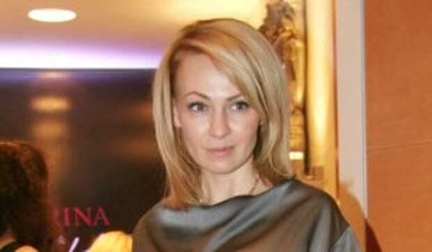 «Ребенок для фото»: Рудковскую обвинили в покупке детей