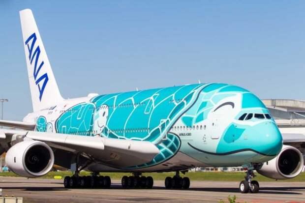 Самолет рейсом Париж-Токио экстренно сел вНовосибирске