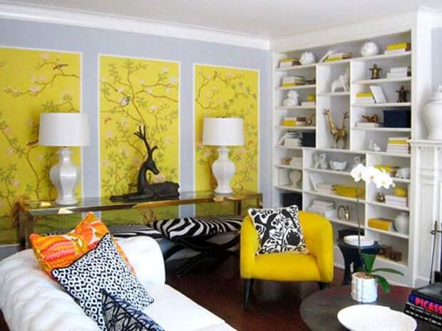 Оригинальное комбинирование желтых и серых обоев