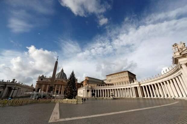 Уличная художница подала в суд на Ватикан из-за граффити
