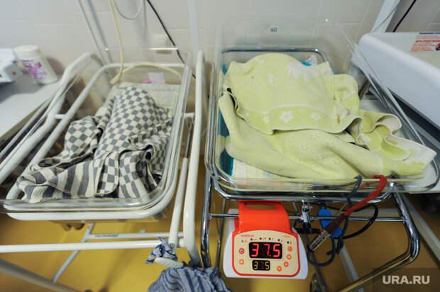 Мишустин велел усовершенствовать медпомощь новрожденным
