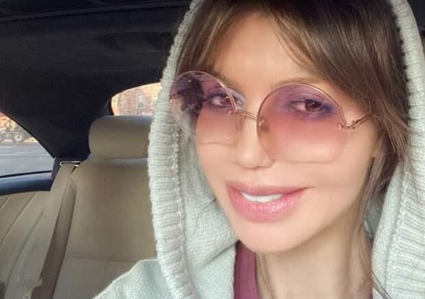 Мать Аршавина через суд добилась выселения его больной экс-жены