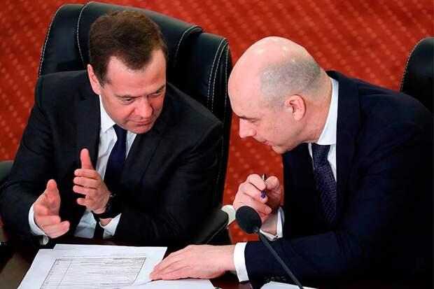 С подачи ЦБ и Минфина Медведев подписал настолько суровые нормативы, что на средства ФНБ рассчитывать не стоит