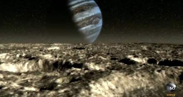 Появились первые фото самого странного спутника Юпитера