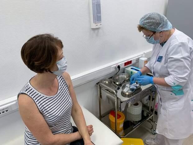 Якутия ввела принудительную вакцинацию от коронавируса