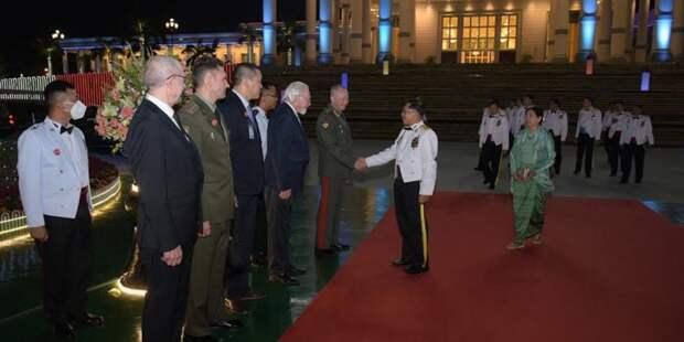 Из России с любовью для Мьянмы