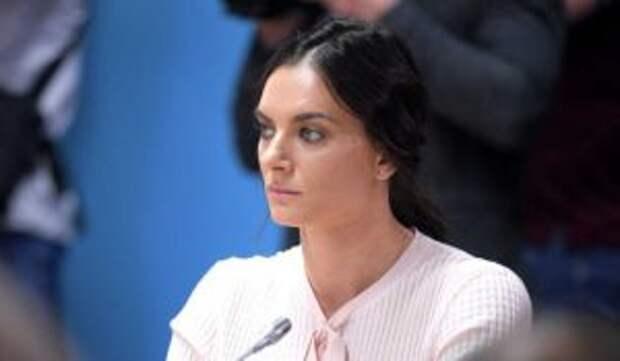 Бывший муж Началовой вышел в свет с новой женщиной