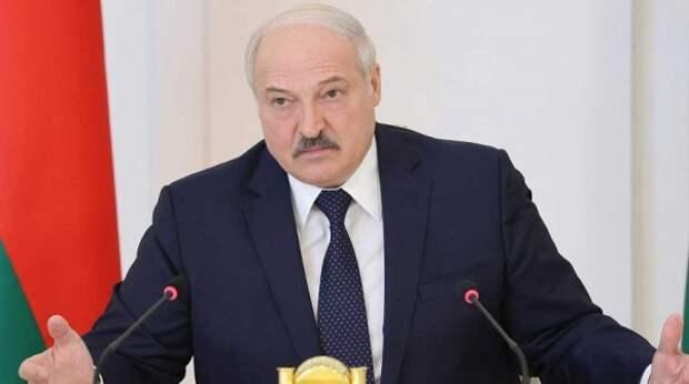 "На Украине назвали условие, при котором Лукашенко станет ""рабом Путина"""