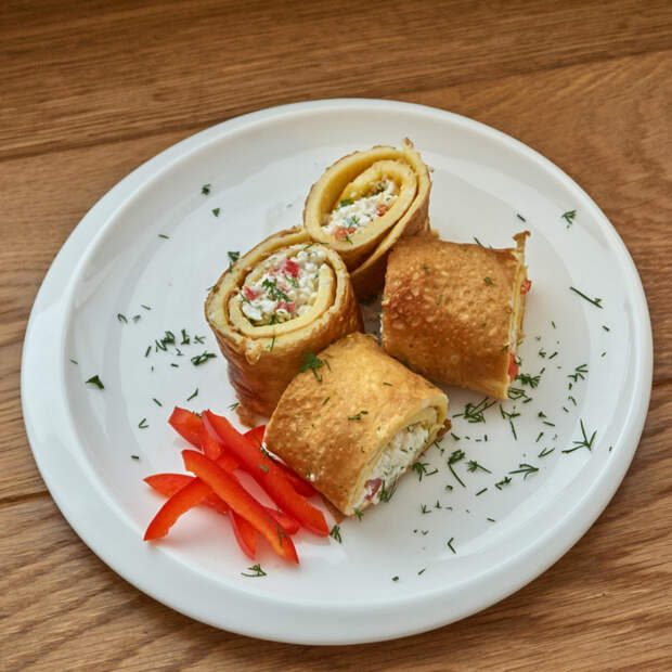 Яичные блинчики/рулетики с начинкой из творога. Рецепт, Кулинария, Яйца, Омлет, Блюда из яиц, Длиннопост