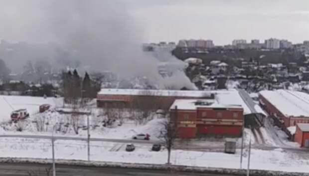 Частный дом горит в СНТ «ПАЗ» в Подольске