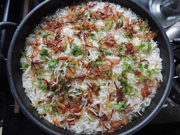 Как готовить рис, сколько сортов существует, чем они различаются