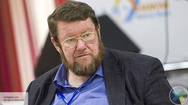 Сатановский прокомментировал антироссийские плакаты в центре Киева