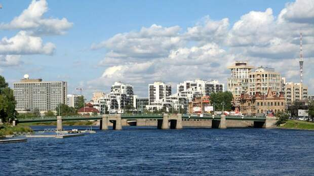 В Петербурге подали более 300 заявлений для пропуска на Крестовский в дни матчей Евро-2020